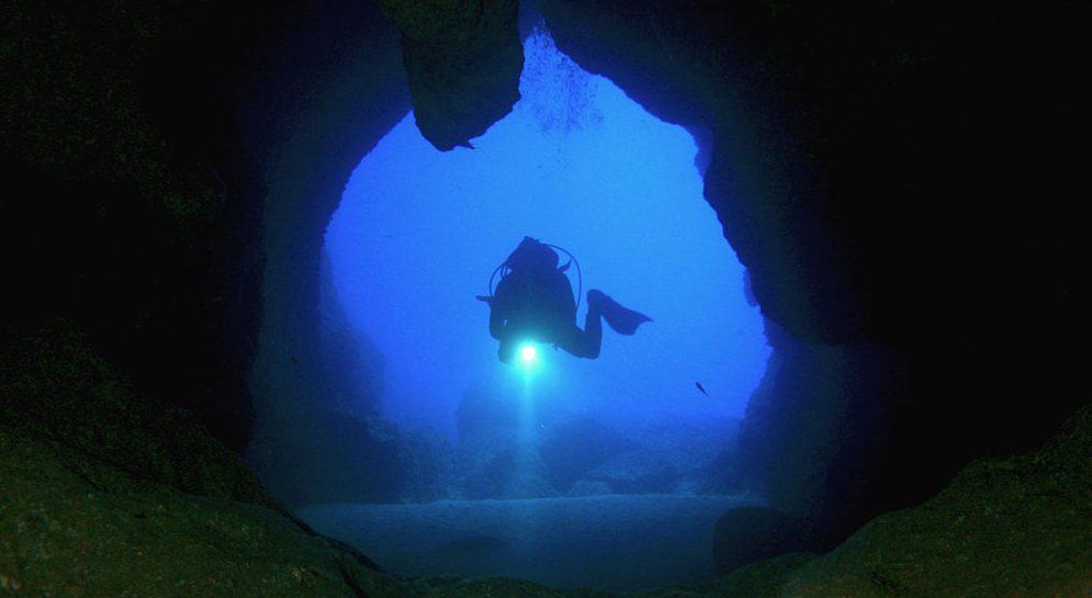 Inmersión en Cuevas de Cap d'en Font, Divinf in Cap d'en Font Caves