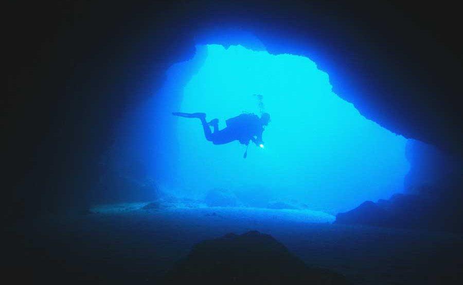 bucear en Menorca, diving in Menorca